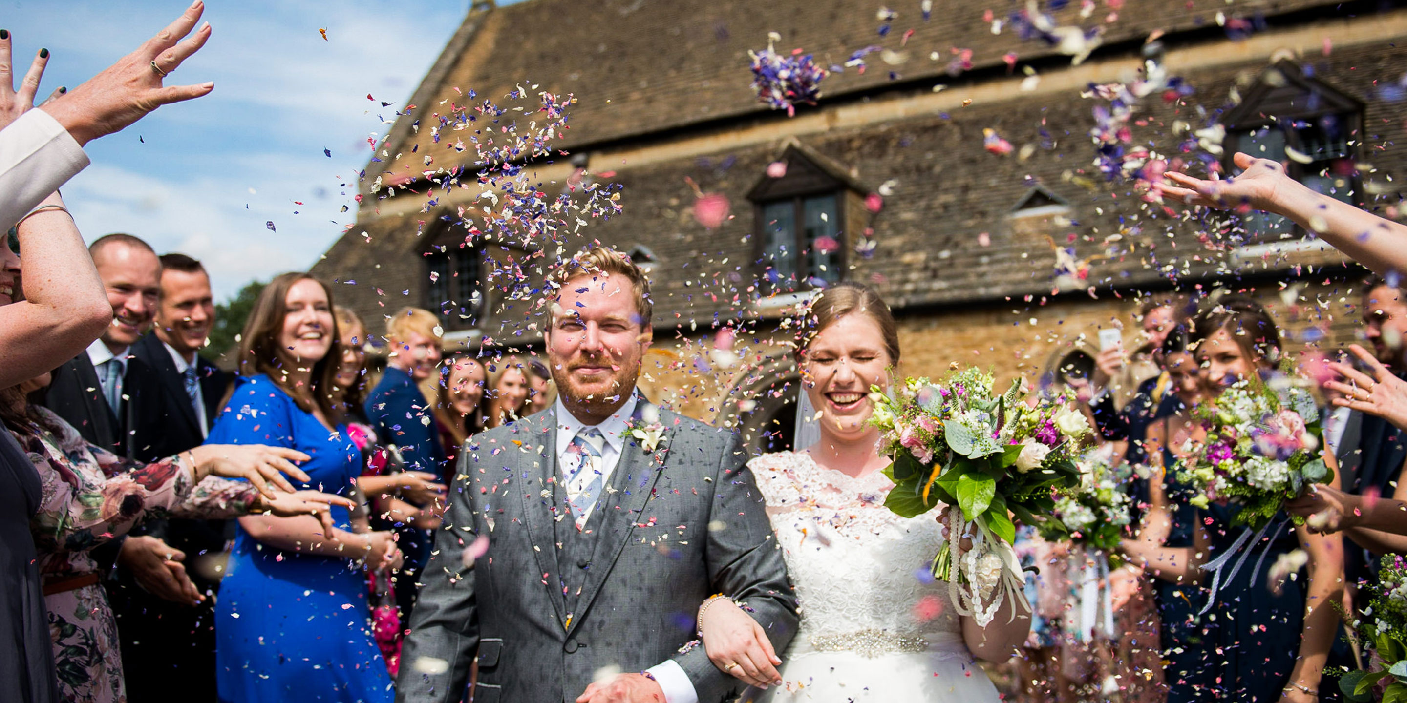 Rutland wedding with gorgeous confetti, all the confetti in fact. Leicestershire wedding photographer, rutland wedding photographer